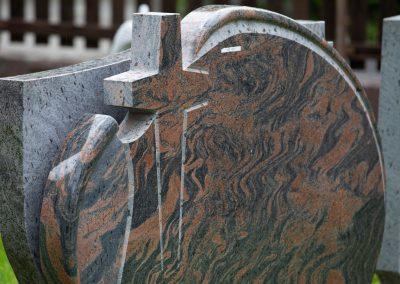 Grabgestaltung und Grabsteine